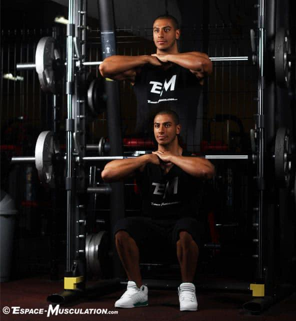 squat-avant-barre-guidee