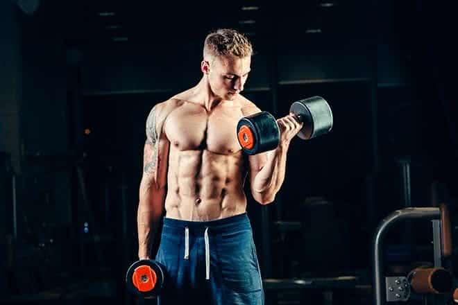 Conseils pour débuter l'entraînement des bras
