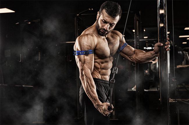 Accélérer la prise de force et de muscle grâce à l'entraînement en occlusion