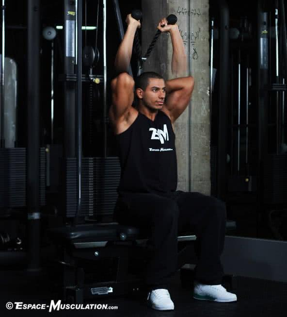 triceps-poulie-assis