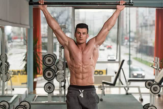 bodybuilder-musculation-dos