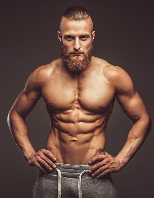 homme-abdominaux-barbe