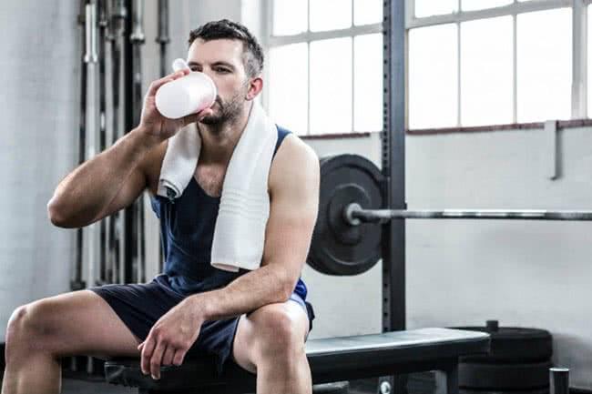 Prise de muscle l'hiver et sèche l'été : pourquoi cela n'a pas de sens ?