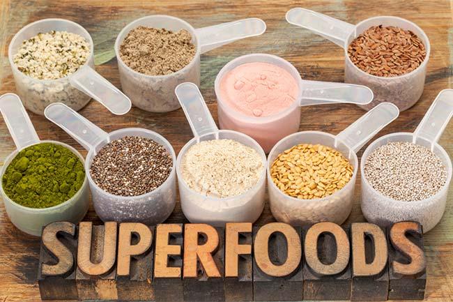 8 super aliments incontournables pour leurs qualités nutritionnelles