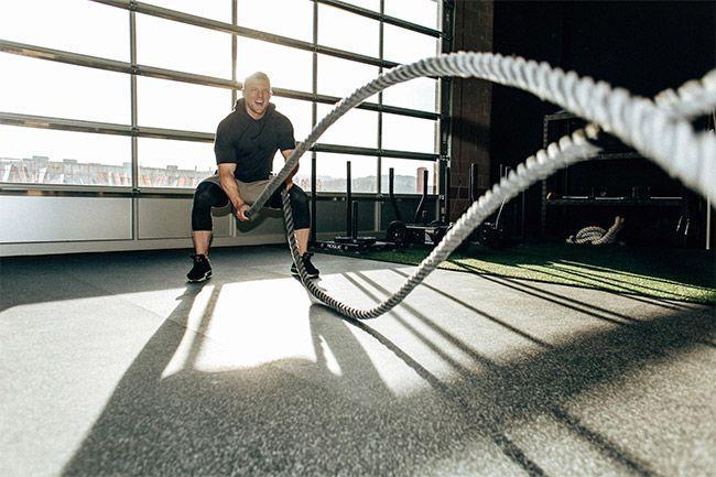 Tous savoir sur l'entraînement avec la battle rope oucorde ondulatoire