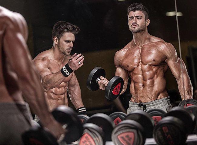 entrainement-musculation-bodybuilder